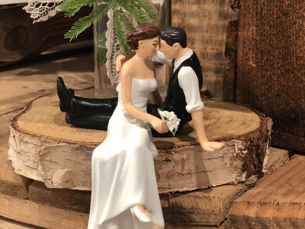 Detailfotografie Braut und Bräutigam Miniaturfiguren auf der Hochzeitsmesse in Bad Salzuflen